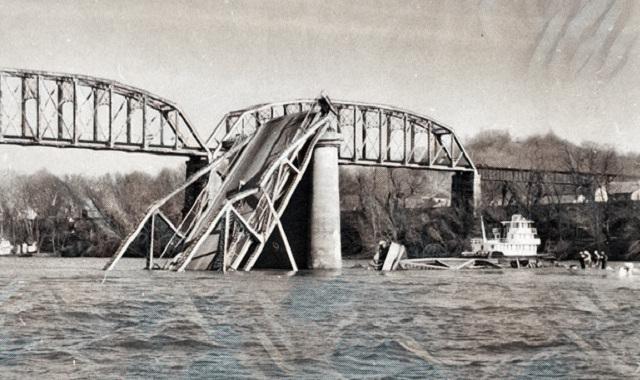 Şimdiye Kadarki En Büyük 10 Mimari Başarısızlık The Silver Bridge